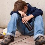 Как оградить ребенка от алкоголя и наркотиков?