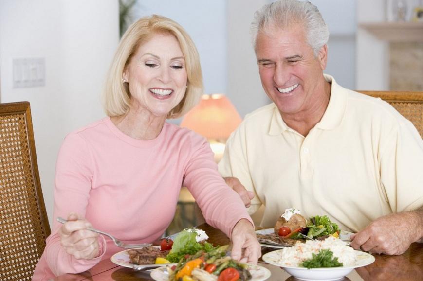 Особенности питания пожилых и старых людей